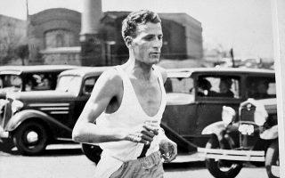 Στέλιος Kυριακίδης, προπόνηση στη Bοστώνη του 1938, με στόχο μια νίκη-όραμα που ήρθε το 1946.
