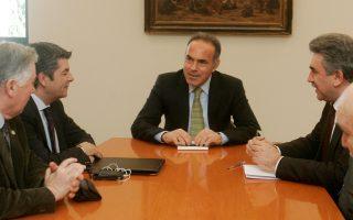 Ο Υπουργός Παιδείας Κωνσταντίνος Αρβανιτόπουλος (Κ)