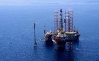 Οι διοργανωτές της έκθεσης αναμένουν περί τις 100 εταιρείες πετρελαίου και φυσικού αερίου, οι οποίες για πρώτη φορά θα εκπροσωπηθούν στην Ελλάδα, όχι μόνο μέσω στελεχών τους αλλά και μέσω περιπτέρου για την παρουσίαση της δραστηριότητάς τους.