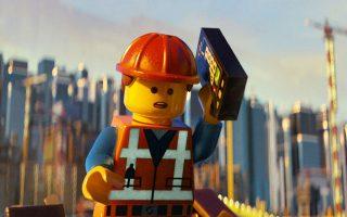 Ο Εμετ, η Lego-κούκλα, χάνει την ισορροπία του και πέφτει σε μια τρελή περιπέτεια, μια συναρπαστική ιστορία για τα παιδιά.