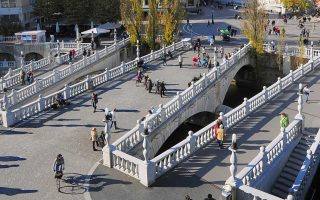 H άνοιξη ταιριάζει πολύ στην πρωτεύουσα της Σλοβενίας.