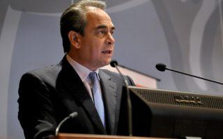 Ο πρόεδρος ΚΕΕΕ & ΕΒΕΑ  Κωσταντίνος Μίχαλος, μιλάει κατα την έναρξη  της εκδήλωση του ΕΒΕΑ