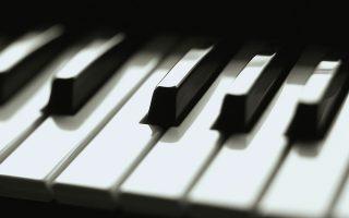 dyo-apolaystikoi-pianistes0