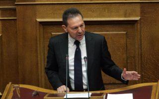 Ο ΥΠΟΙΚ Γιάννης Στουρνάρας  μιλά στη Βουλή στην τέταρτη και τελευταία μέρα συζήτησης του Προϋπολογισμού του 2013, Κυριακή 11 Νοεμβρίου 2012. ΑΠΕ - ΜΠΕ/ΑΠΕ - ΜΠΕ/Αλέξανδρος Μπελτές