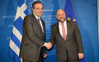 Ο πρωθυπουργός Αντώνης Σαμαρας στην τελετή ανάληψης από τον Μάριο Μόντι της θέσης του προέδρου της νέας ομάδας