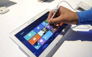 exi-sta-deka-tablet-poy-polithikan-to-2013-trechoyn-me-logismiko-android0