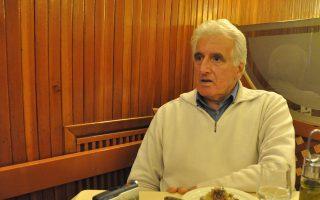 Η επιστροφή στην Ελλάδα ήταν ό,τι πιο σημαντικό για μένα. Να ακούω πάλι να μιλάνε ελληνικά στον δρόμο, ήχοι και μυρωδιές...» λέει ο Νίκος Χατζηνικολάου.