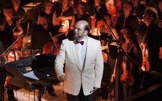 O Μύρων Μιχαηλίδης οδήγησε την Κρατική Ορχήστρα Αθηνών σε μία ερμηνεία ισορροπημένη και ταυτόχρονα συναρπαστική.