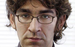 Την άμεση απελευθέρωση του Αμερικανού δημοσιογράφου Σάιμον Οστρόφσκι ζήτησε το Στέιτ Ντιπάρτμεντ.