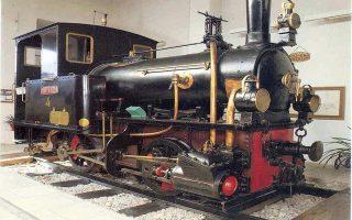 Ατμομηχανή Α4 «ΤΙΡΥΝΣ» των Σιδηροδρόμων Πελοποννήσου. Κατασκευάστηκε το 1884.