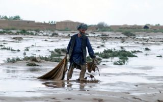 v-afganistan-katastrofiki-theominia-me-40-nekroys0