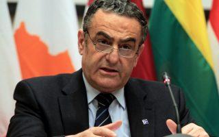 Ο υπουργός Δικαιοσύνης Χαράλαμπος Αθανασίου μιλάει κατά τη διάρκεια της συνέντευξης τύπου μετά τη  συνεδρίαση του άτυπου Συμβουλίου Υπουργών Δικαιοσύνης και Εσωτερικών Υποθέσεων στο Ζάππειο Μέγαρο, Αθήνα, Πέμπτη 23 Ιανουαρίου 2014. Το μέλλον της ευρωπαϊκής πολιτικής στο θέμα της μετανάστευσης και η διαχείριση των μεταναστευτικών και προσφυγικών ροών από τα εξωτερικά σύνορα της ΕΕ είναι τα θέματα που κυρίως θα απασχολήσουν το αυριανό και μεθαυριανό άτυπο Συμβούλιο Υπουργών Δικαιοσύνης και Εσωτερικών Υποθέσεων που συγκαλείται στην Αθήνα. ΑΠΕ-ΜΠΕ/ΑΠΕ-ΜΠΕ/ΣΥΜΕΛΑ ΠΑΝΤΖΑΡΤΖΗ