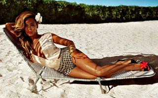 Η Beyonce σε φωτογράφηση για καμπάνια της H&M