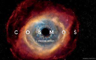 Η αφίσα της τηλεοπτικής σειράς «Cosmos: A Spacetime Odyssey». Ο τίτλος προδιαθέτει και για το περιεχόμενο, το οποίο αποτελείται λίγο-πολύ από... τα πάντα. Εξάλλου, με τη λέξη Cosmos οι αγγλόφωνοι εννοούν «όλα όσα υπάρχουν, αυτά που έχουν υπάρξει, αλλά και εκείνα που θα έρθουν στο μέλλον».