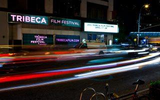 Στο Μανχάταν, κοντά στη λεωφόρο Μπρόντγουεϊ, το Φεστιβάλ Τραϊμπέκα συγκεντρώνει το ενδιαφέρον παρέχοντας στέγη στο ανεξάρτητο σινεμά.
