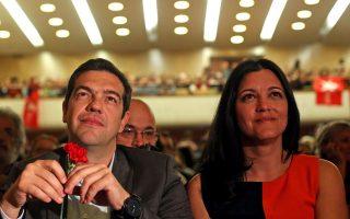 Ο Αλέξης Τσίπρας και η υποψήφια με το «Μπλόκο της Αριστεράς», Μαρίζα Ματίας.