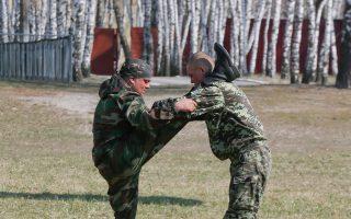 Αδιαμφισβήτητη παραμένει η επιρροή που ασκεί η Ακροδεξιά στη νέα κυβέρνηση του Κιέβου.
