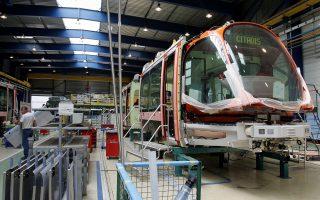 Η Alstom κατασκευάζει, μεταξύ άλλων, υπερταχείες και σταθμούς παραγωγής ηλεκτρικής ενέργειας και ενόψει της εξαγοράς αποτιμάται στα 13 δισ. δολάρια, 25% υψηλότερα από την τρέχουσα χρηματιστηριακή της αξία. Η General Electric τελευταίως στρέφεται σε μονάδες κατασκευής τρένων, βιομηχανικό εξοπλισμό και κινητήρες τζετ, ενώ υποβαθμίζει τη σημασία του χρηματοπιστωτικού της βραχίονα.