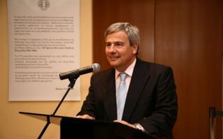 «Δεν γίνονται έτοιμοι αξιωματικοί χωρίς τη συμβολή των ναυτιλιακών», τονίζει ο κ. Λ. Δημητριάδης - Ευγενίδης.