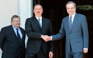 Τα θέματα της ενέργειας κυριάρχησαν στις συνομιλίες που είχε ο πρόεδρος του Αζερμπαϊτζάν Ιλχάμ Αλίγεφ με τον πρωθυπουργό Αντώνη Σαμαρά στην Αθήνα. Παρών στις συζητήσεις, στο Μέγαρο Μαξίμου, και ο κ. Ευάγγελος Βενιζέλος.