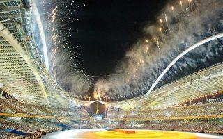 «Εάν ήθελαν να ψάξουν τα πόθεν έσχες καλύτερα να έψαχναν πριν από το 2004, τότε που πέρασαν πολλά χρήματα από τον ελληνικό αθλητισμό», δήλωσε με νόημα ο πρόεδρος της ΕΟΕ, Σπ. Καπράλος.