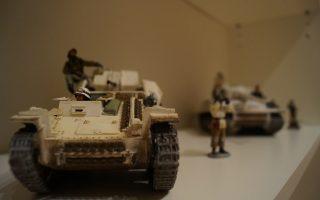 Μινιατούρες με άνδρες και άρματα μάχης του Δευτέρου Παγκοσμίου Πολέμου, ένα από τα εκθέματα του Αρχείου Πολέμου (φωτ.: Στέλιος Καζάζης).