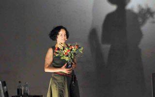 Η Αλεξάνδρα Σακελλαροπούλου στην «Τριλογία της πόλης» της Λούλας Αναγνωστάκη.