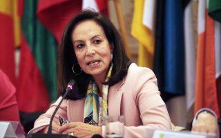 Εκτιμάται ότι η Αννα Διαμαντοπούλου μπορεί να εξασφαλίσει ένα καλό χαρτοφυλάκιο, έχοντας ήδη θητεύσει στην Ευρωπαϊκή Επιτροπή και έχοντας διατελέσει υπουργός.