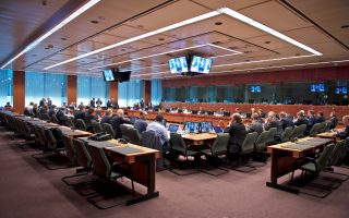 vryxelles-antapokrisi-apo-to-eurogroup0