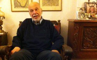 Δανιήλ Ιακώβ: ο σημαντικός συγγραφέας και καθηγητής της Αρχαίας Ελληνικής Φιλολογίας (Αριστοτέλειο Πανεπιστήμιο), έφυγε από τη ζωή στις 21 Μαΐου σε ηλικία 67 ετών.