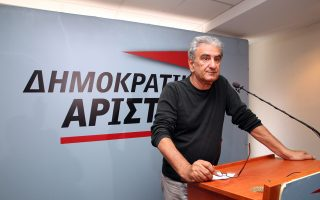Ο κ. Λυκούδης φαίνεται να θεωρεί ότι δεν πρέπει να υπάρξει σύγκλιση με τον σημερινό ΣΥΡΙΖΑ, ενώ στο κείμενο των «12» είναι σαφής η θετική προδιάθεση έναντι της Κουμουνδούρου.