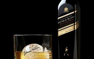 johnnie-walker-diplo-chryso-vraveio-gia-to-double-black0