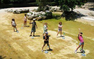 Από το πρόγραμμα για παιδιά που διοργάνωσε το Μουσείο Μπενάκη στον Εθνικό Κήπο.