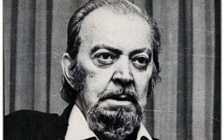 Ο ποιητής Τάσος Λειβαδίτης (1922-1988).