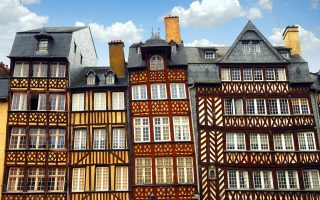 Μέτρα για την τόνωση της αγοράς ακινήτων αναμένεται να θέσει σε εφαρμογή λίαν συντόμως η γαλλική κυβέρνηση.