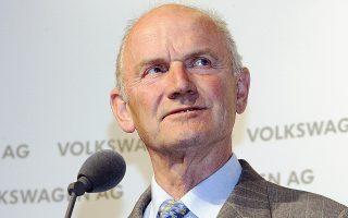 Στην κορυφή του καταλόγου βρίσκεται η οικογένεια Πόρσε-Πίεχ, η περιουσία της οποίας υπολογίζεται πως ανέρχεται σε 44,8 δισ. ευρώ, που μόνον από την άνοδο των μετοχών της οικογένειας στην αυτοκινητοβιομηχανία Φολκσβάγκεν αυξήθηκε μέσα στο 2013 κατά 4 δισ. ευρώ.