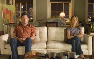 """Vince Vaughn and Jennifer Aniston share an awkward quiet moment in the romantic comedy """"The Break-Up."""" CNS Photo courtesy of Melissa Moseley."""