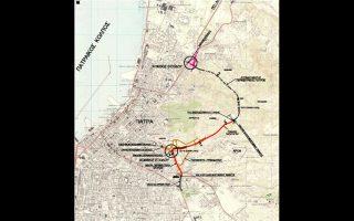 Τα έργα της εθνικής οδού Πατρών-Κορίνθου, της μικρής περιμετρικής και του κόμβου του νέου λιμανιού αναμένεται να καταστήσουν την Πάτρα σε κόμβο συνδυασμένων μεταφορών, με οφέλη στην τοπική ανάπτυξη.