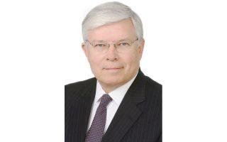 Ο Μαρκ Κλοντφέλτερ είναι συνέταιρος στο νομικό γραφείο Foley Hoag που εξειδικεύεται στην υπεράσπιση κρατών στις νομικές τους διαμάχες με ιδιώτες για το χρέος.