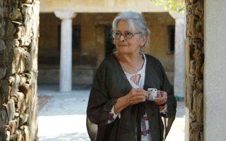 «Πρέπει να μετρούμε την εξέλιξη ενός κράτους με το πόσο προστατεύει τα ανθρώπινα δικαιώματα», τονίζει η Ιωάννα Κουτσουράδη.