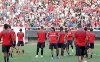 Χθες πραγματοποιήθηκε ανοικτή προπόνηση στο γήπεδο Καραϊσκάκη, όπoυ παρουσιάστηκαν τα μεταγραφικά αποκτήματα της ομάδας.