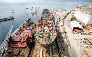 Οι Ελληνες πλοιοκτήτες αποτελούν τους σημαντικότερους πελάτες των κινεζικών ναυπηγείων, καθώς πάνω από 200 πλοία ελληνικών συμφερόντων βρίσκονται υπό κατασκευή αυτή την περίοδο στην Κίνα.