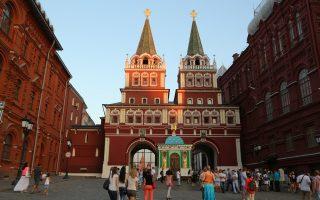 Η πύλη της Αναστάσεως στην Κόκκινη Πλατεία της Μόσχας όπου φυλάσσεται η Παναγία η Πορταΐτισσα (φωτ.: Pavel Bukov).