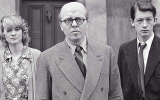 Ο Ρίτσαρντ Ατένμπορο (κέντρο), το 1970, με τους Τζον Χερτ (δεξιά) και Τζούντι Γκίσον, στην ταινία «10 Rillington Place», στην οποία ο Ατένμπορο υποδύεται τον κατά συρροήν δολοφόνο Ρέτζιναλντ Κρίστι.