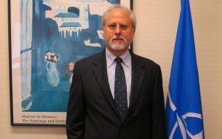 Για «φθίνουσες» πιθανότητες αποκατάστασης των σχέσεων με τη Μόσχα κάνει λόγο ο βοηθός γενικός γραμματέας του ΝΑΤΟ Θρασύβουλος Σταματόπουλος.