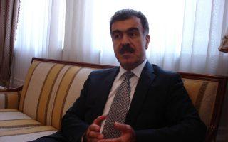 Σαφίν Ντεζαΐ: Στο δημοψήφισμα στις αμφισβητούμενες περιοχές το ερώτημα θα είναι αν οι πολίτες θέλουν να ενταχθούν στο Κουρδιστάν ή να παραμείνουν στο Ιράκ. Στο δεύτερο δημοψήφισμα, το ερώτημα θα είναι αν επιθυμούν την ανεξαρτητοποίηση του Κουρδιστάν ή την παραμονή του σε μια ιρακινή συνομοσπονδία.