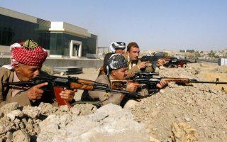 Εθελοντές πρώην μαχητές της Πεσμεργκά μάχονται στο πλευρό των Κούρδων κατά των τζιχαντιστών του Ισλαμικού Κράτους.