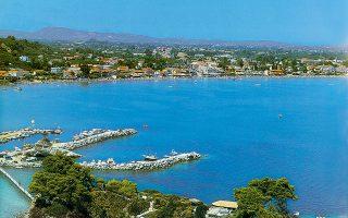 Ο Λαγανάς Ζακύνθου δεν κατάφερε να περιορίσει το είδος του τουρισμού, το οποίο δυσφημίζει την περιοχή τα τελευταία χρόνια μέσα από δημοσιεύματα ξένων και ελληνικών ΜΜΕ.