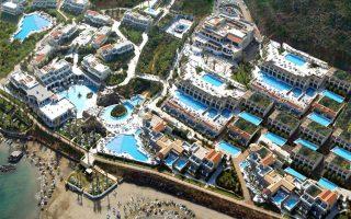 Ως καλύτερο All Inclusive ξενοδοχείο της Ελλάδας για το 2014 αναδείχθηκε το ξενοδοχείο Minos Imperial Luxury Beach Resort στη Κρήτη με βάση τα World Travel Awards.
