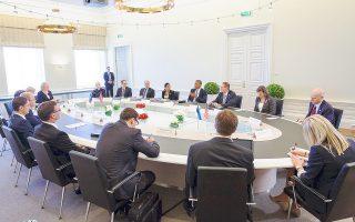 Συζήτηση στρογγυλής τραπέζης είχε χθες ο πρόεδρος Ομπάμα με τον πρωθυπουργό της Εσθονίας.